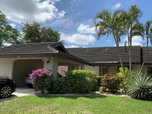 10045  Hickorywood Place  For Sale 10610902, FL