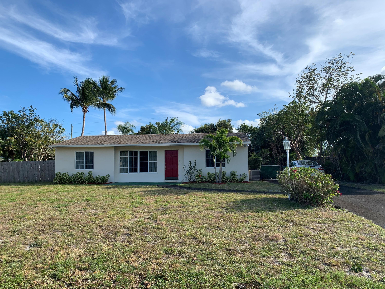1802 Antigua Road Lake Clarke Shores, FL 33406