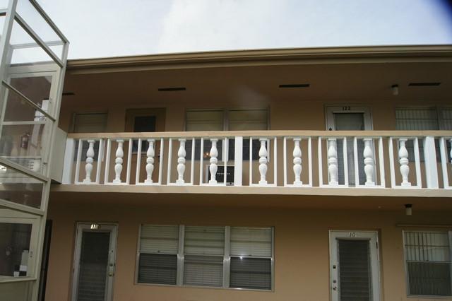 123 Bedford West Palm Beach, FL 33417