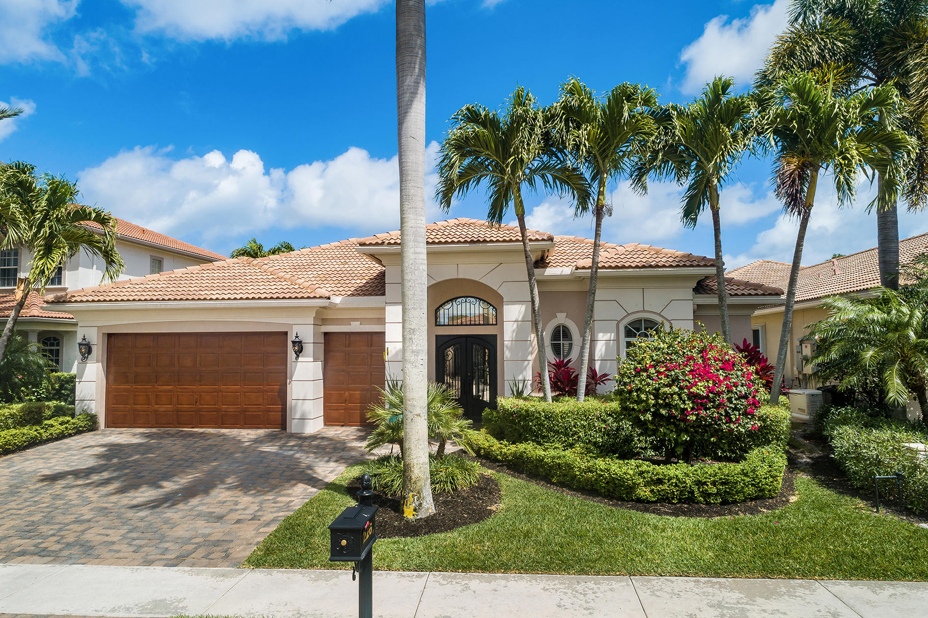 226 Montant Drive, Palm Beach Gardens, Florida 33410, 4 Bedrooms Bedrooms, ,3.1 BathroomsBathrooms,A,Single family,Montant,RX-10611385