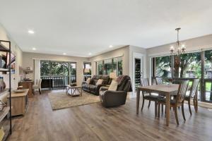 165  Brackenwood Road  For Sale 10611628, FL