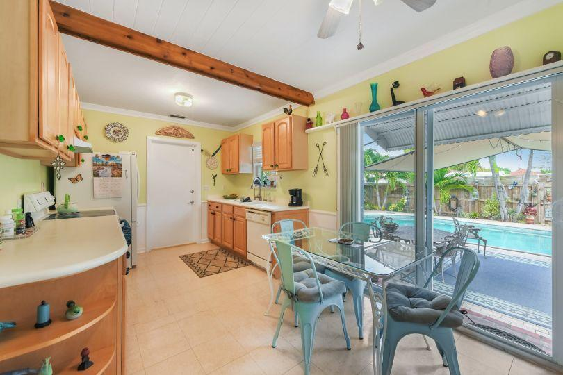 713 Rockland Drive West Palm Beach, FL 33405 small photo 7
