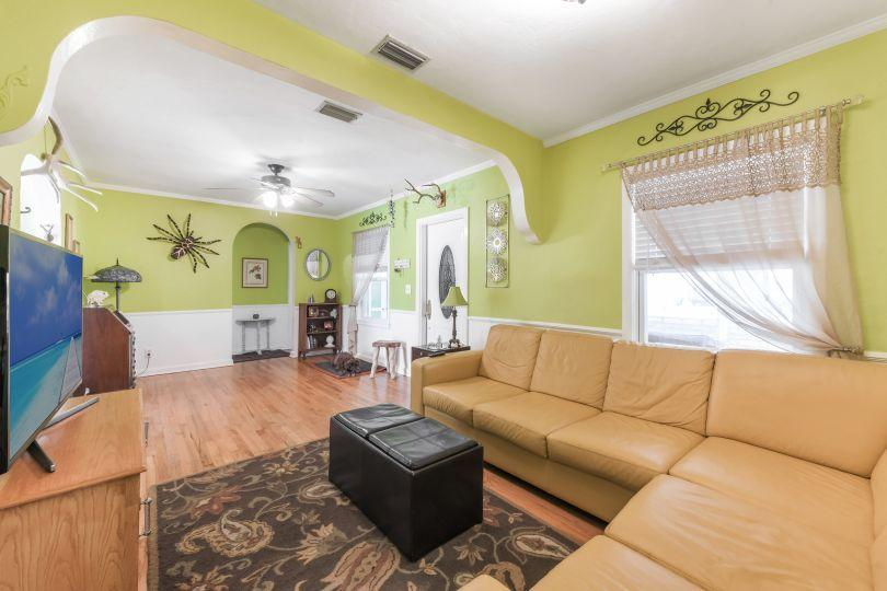 713 Rockland Drive West Palm Beach, FL 33405 small photo 6