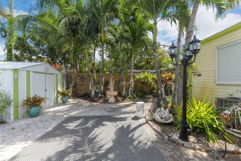 713 Rockland Drive West Palm Beach, FL 33405 small photo 13
