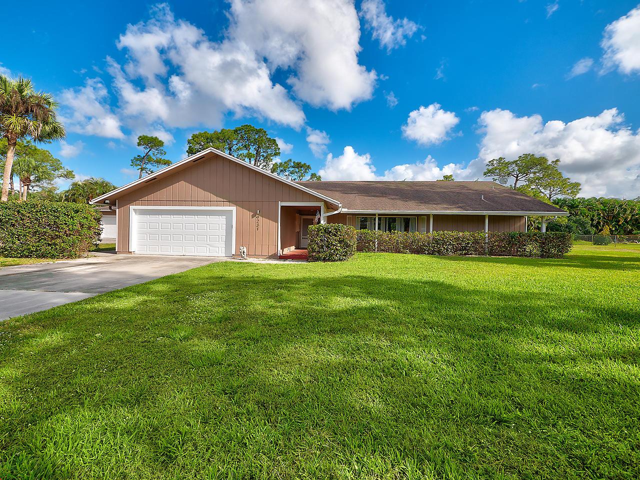 9231 Rodeo Drive Lake Worth, FL 33467
