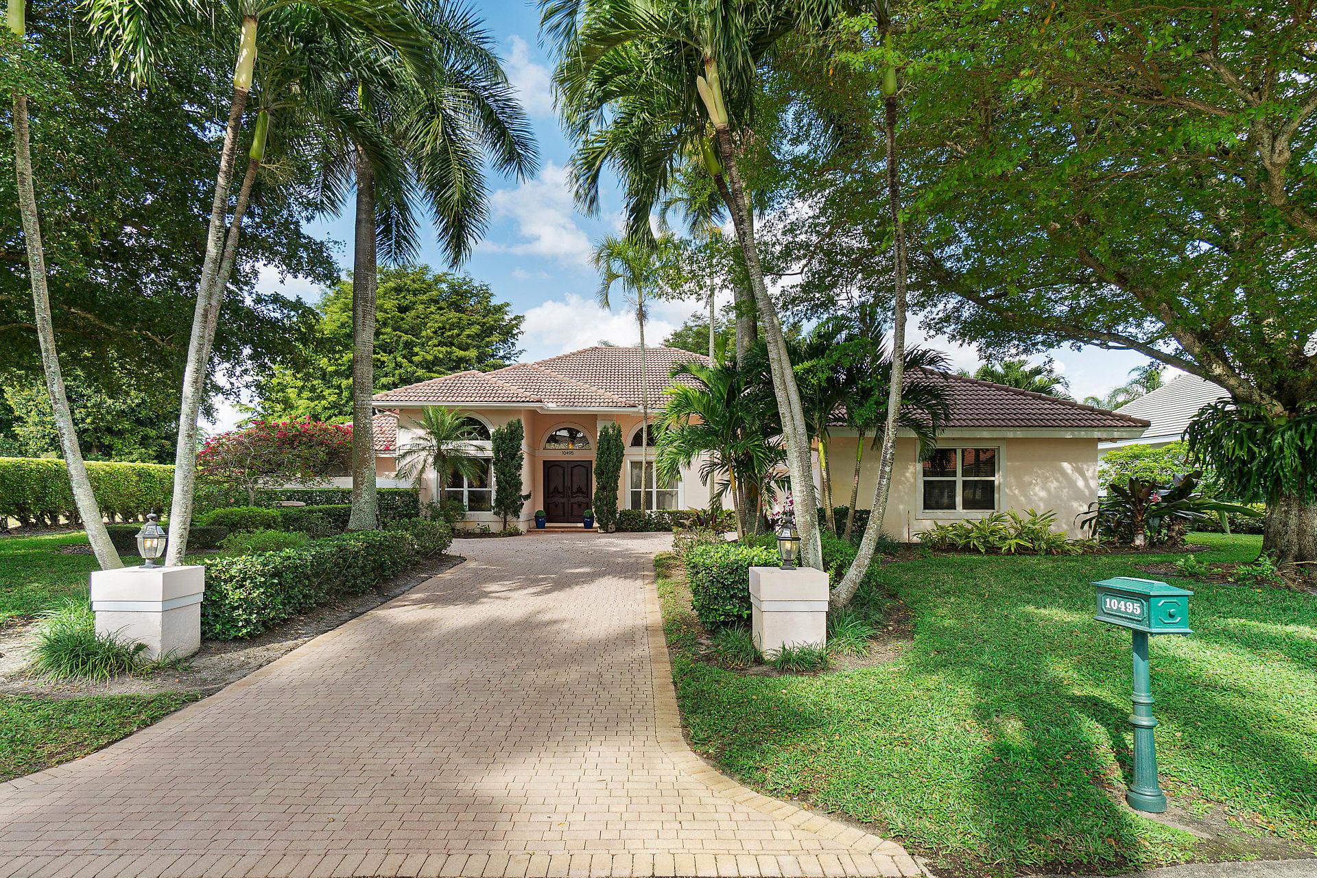 Home for sale in Pine Tree Golf Club Boynton Beach Florida