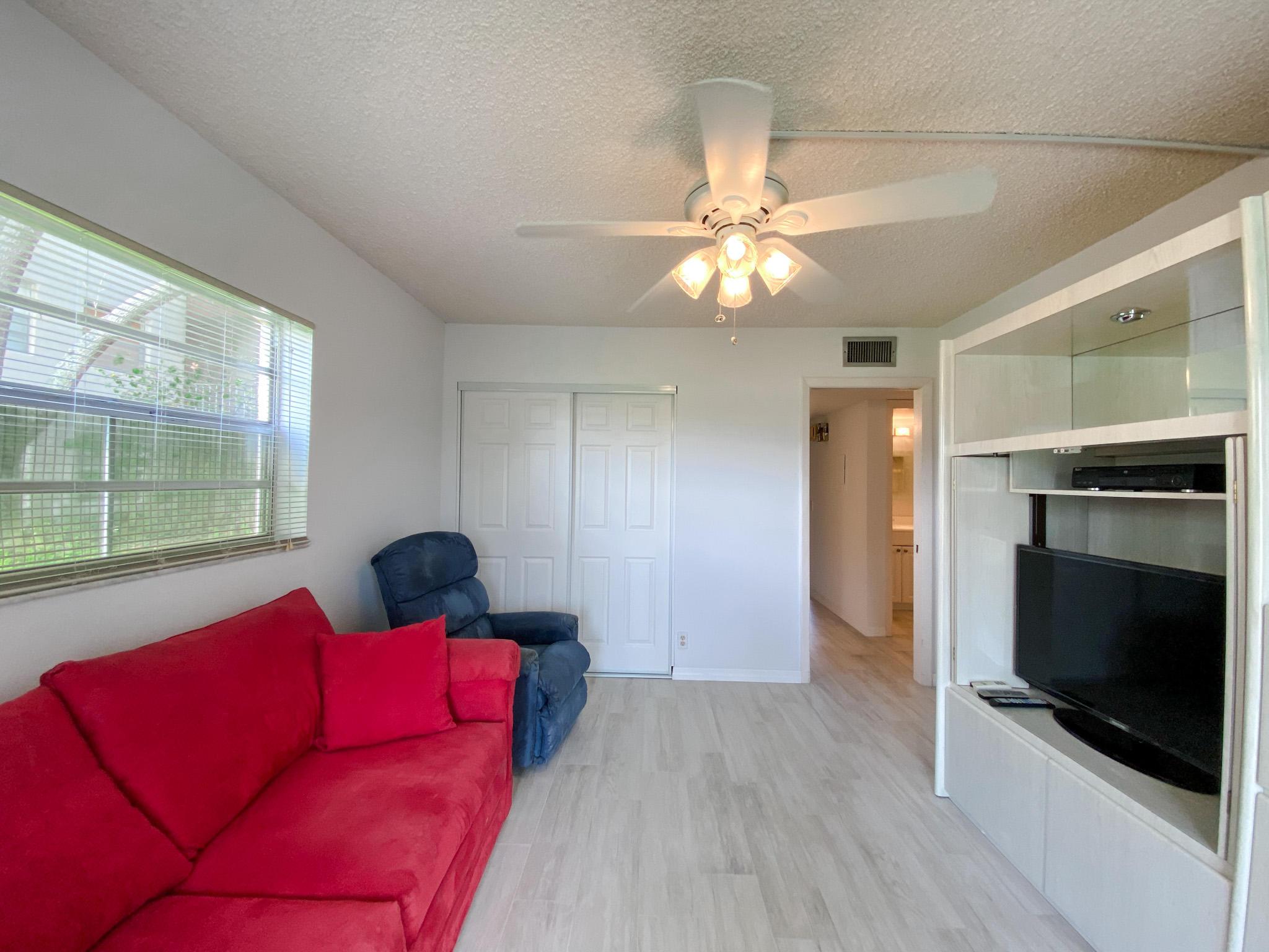 924 Normandy T Delray Beach, FL 33484 photo 7