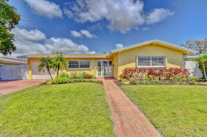 1385 SW 4th Street  For Sale 10612881, FL