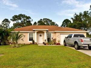917 SW Nichols Terrace  For Sale 10611902, FL