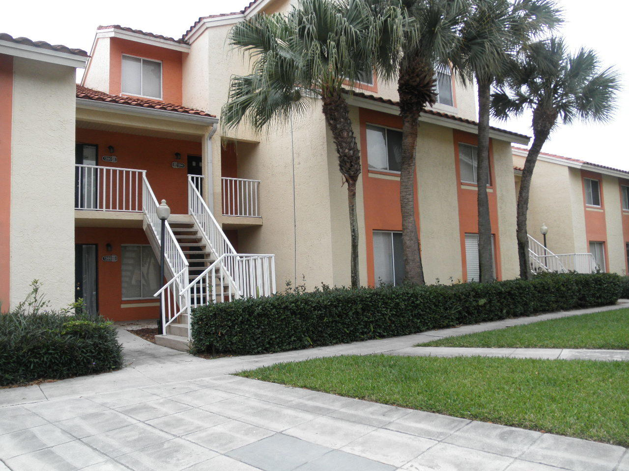 Photo of 1402 The Pointe Drive, West Palm Beach, FL 33409