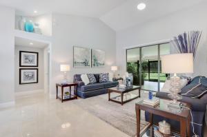 156  Thornton Drive  For Sale 10611986, FL
