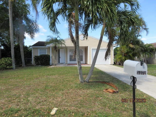 5372 Courtney Circle  Boynton Beach, FL 33472