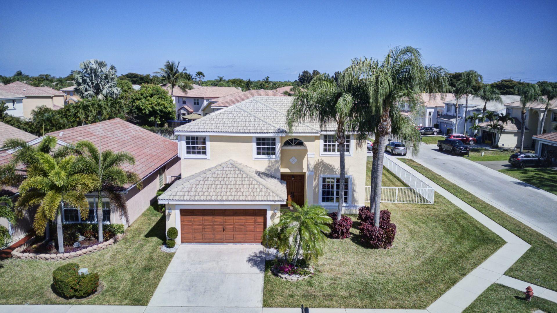 7396 Chesapeake Circle  Boynton Beach, FL 33436