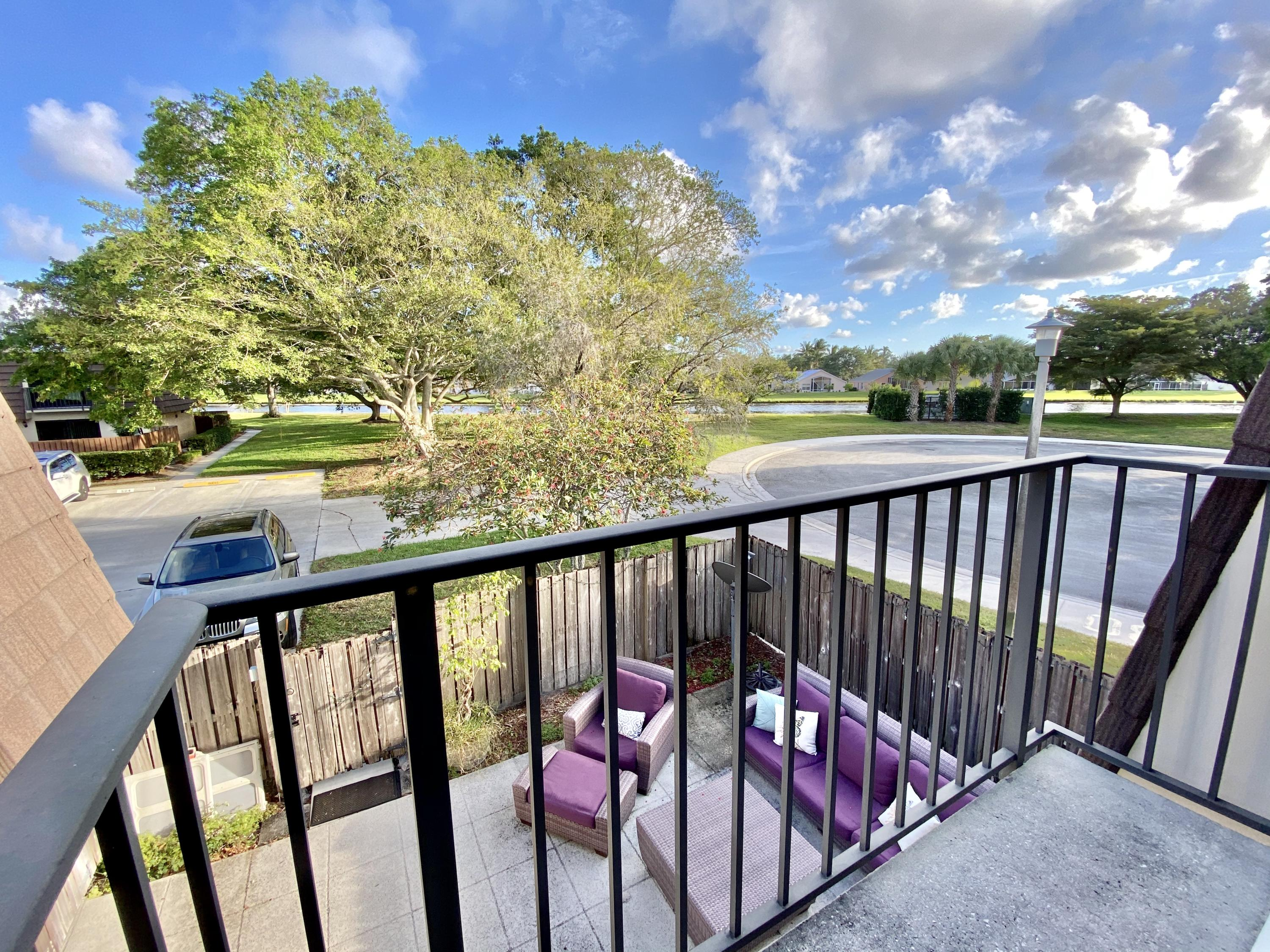 Home for sale in heritage village of p b lakes West Palm Beach Florida