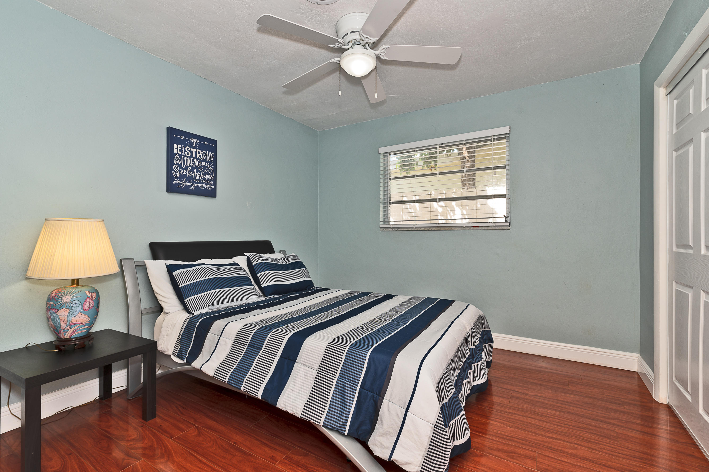 1246 Arthur Street Hollywood, FL 33019 photo 16