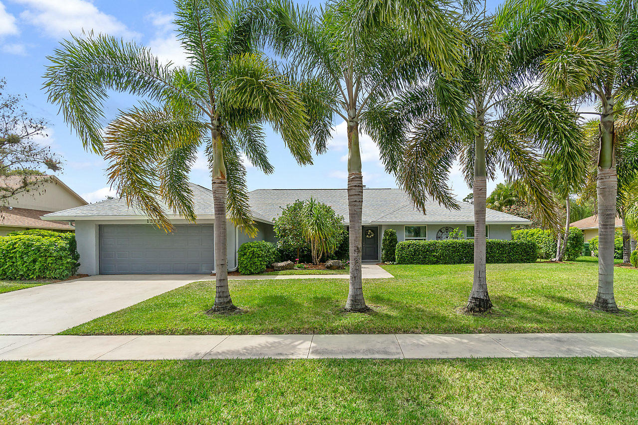 Home for sale in Pinewood Manor Wellington Florida