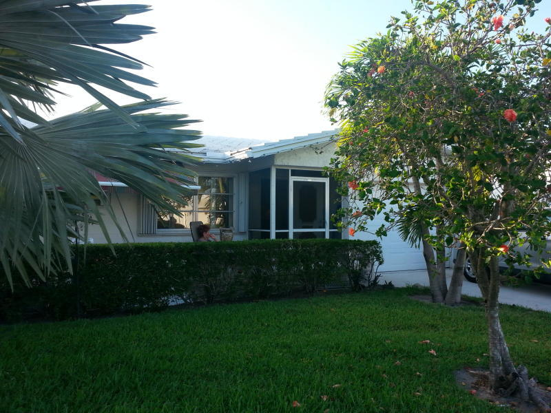 1613 SW 17th Terrace Boynton Beach, FL 33426 small photo 2