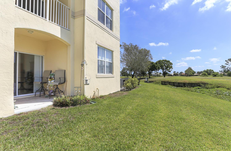 2100 Greenview Shores Boulevard 501 Wellington, FL 33414 photo 5