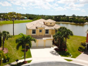 2255  Ridgewood Court  For Sale 10612466, FL