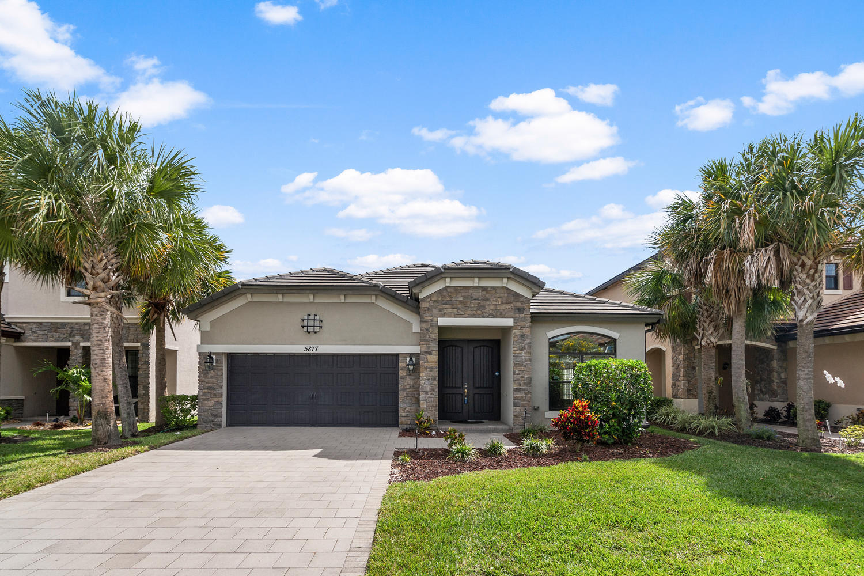 5877 Sandbirch Way Lake Worth, FL 33463