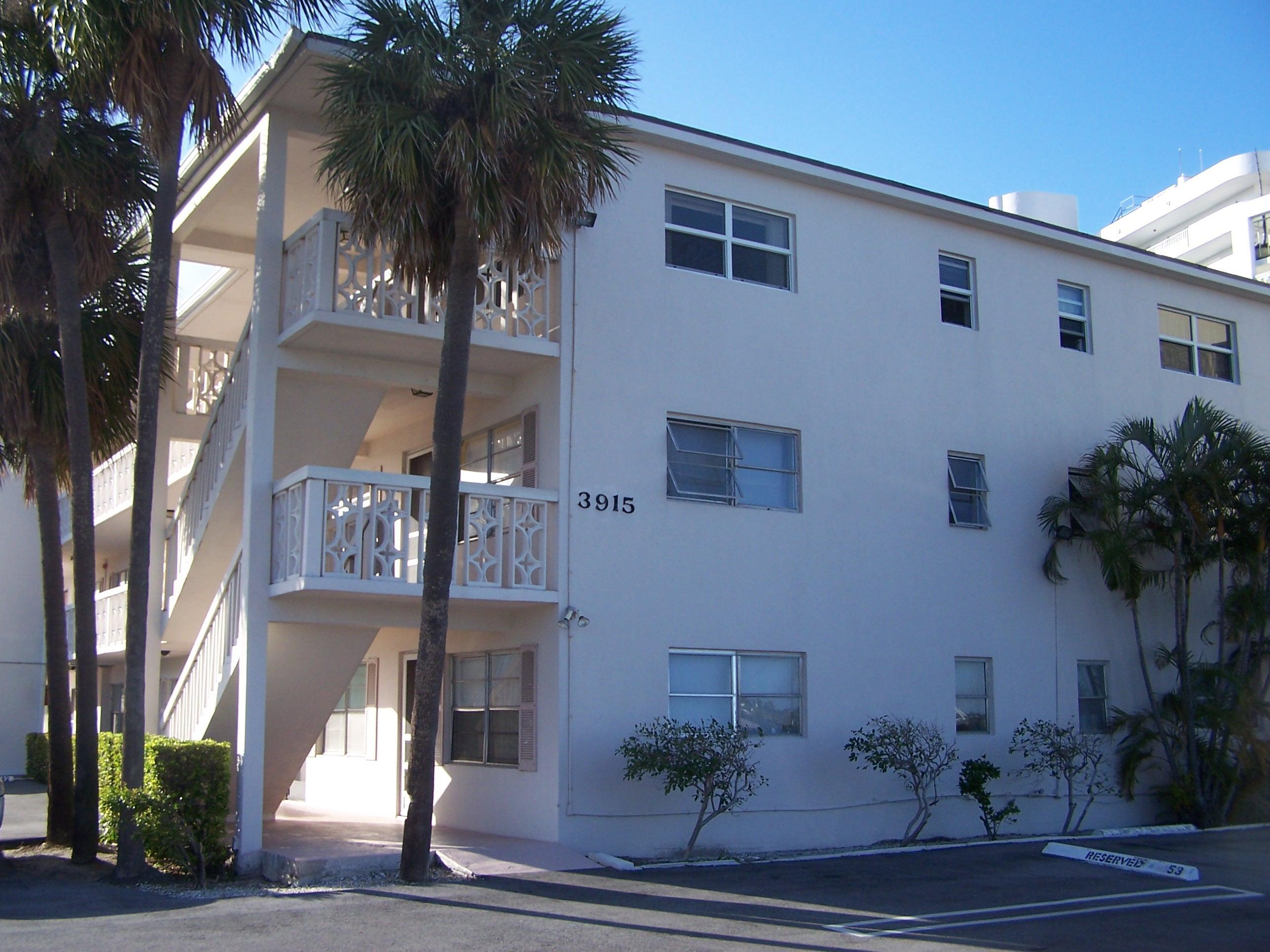 3915 S Flagler Drive 208  West Palm Beach, FL 33405