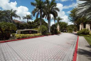 1727  Village Boulevard 108 For Sale 10612777, FL