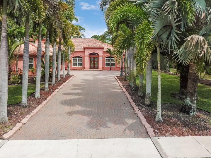 Home for sale in Legend Lakes Estate Lake Worth Florida