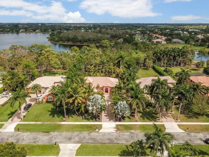 4539 Hunting Trail Lake Worth, FL 33467