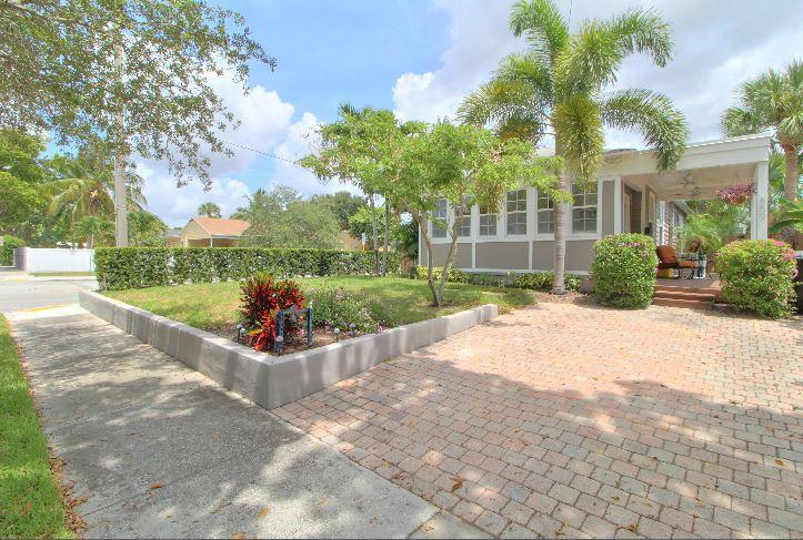 859 Sunset Road  West Palm Beach, FL 33401