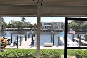 210  Captains Walk 701 For Sale 10612986, FL