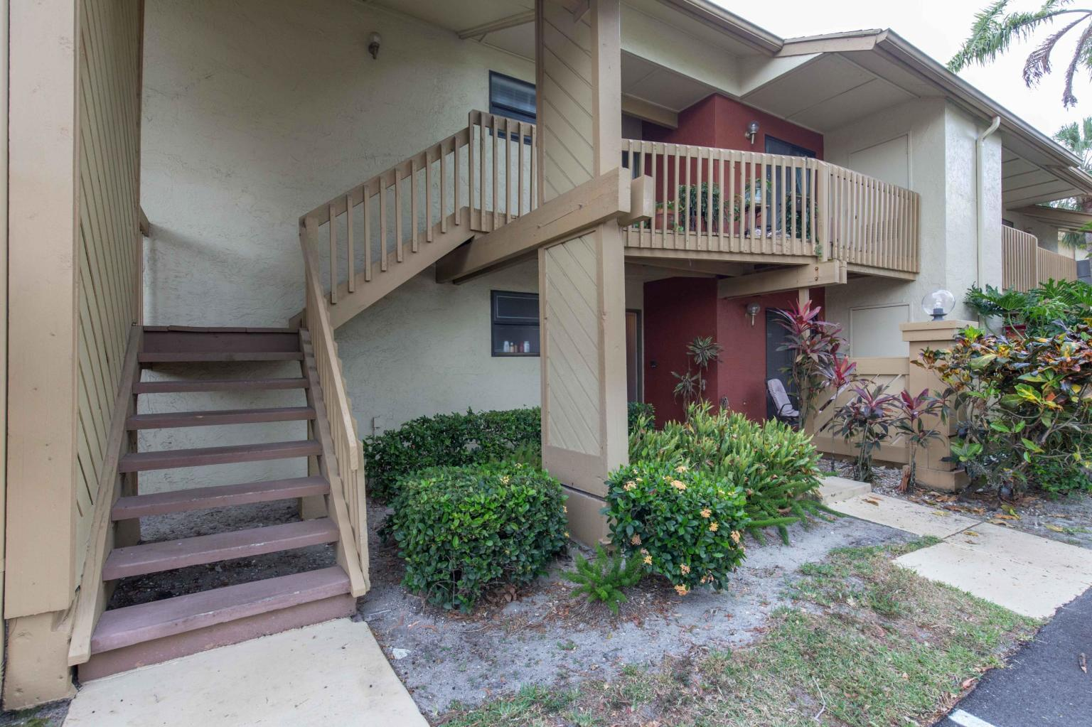 13045 Albright Court 12  Wellington FL 33414