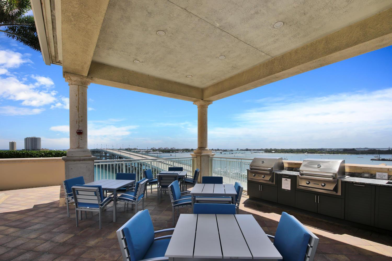 2640 Lake Shore Drive 1508, Riviera Beach, Florida 33404, 3 Bedrooms Bedrooms, ,3 BathroomsBathrooms,F,Condominium,Lake Shore,RX-10613485