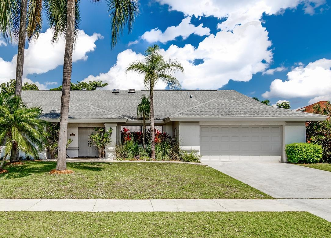 13707 Barberry Drive  Wellington FL 33414