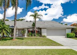 13707  Barberry Drive  For Sale 10613085, FL