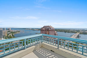 222  Lakeview Avenue Penthouse Four For Sale 10613512, FL
