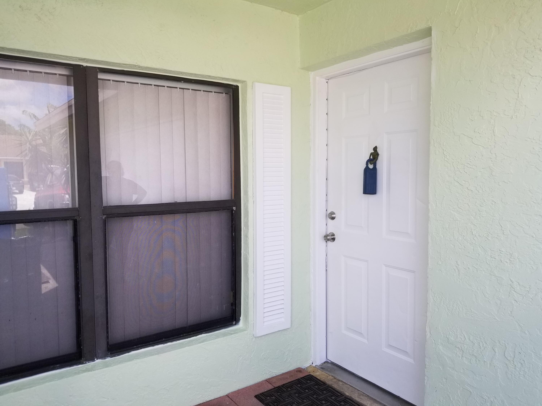 5874 Lincoln Circle  Lake Worth FL 33463