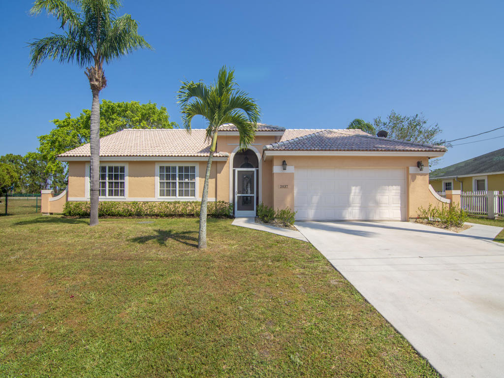 Home for sale in PORT ST LUCIE SECTION 62 Port Saint Lucie Florida