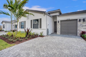 14714  Three Ponds Trail 318 For Sale 10611529, FL