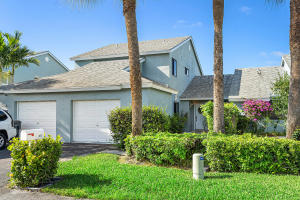3875  Island Club Circle  For Sale 10613423, FL