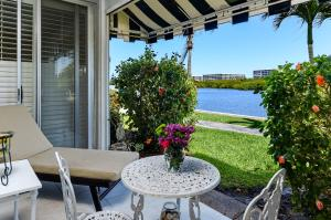 2165  Ibis Isle Road 3 For Sale 10612270, FL