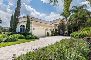 6788  Oakmont Way  For Sale 10613555, FL