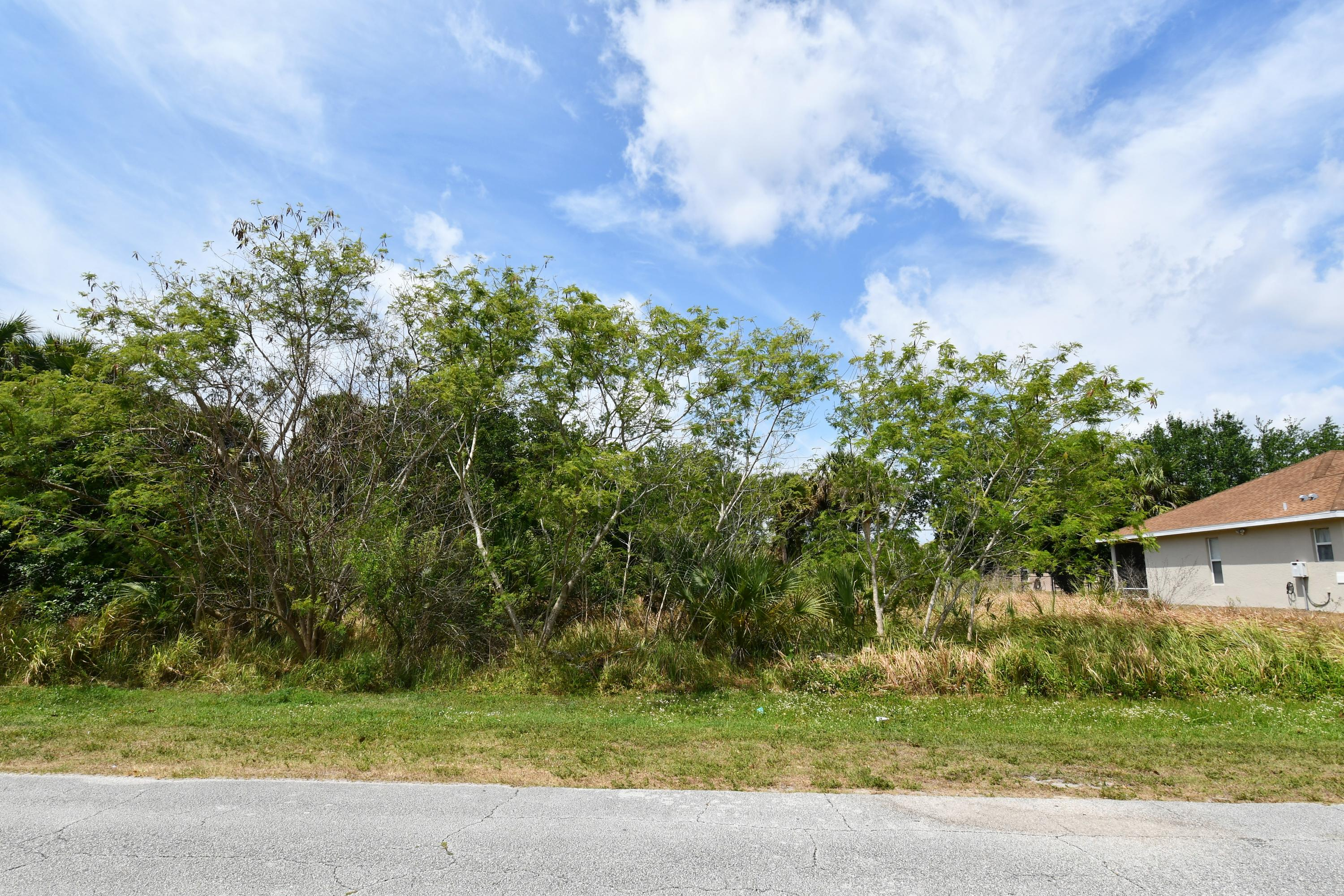 Home for sale in PORT ST LUCIE-SECTION 23 Port Saint Lucie Florida