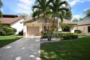 4952  Boxwood Circle  For Sale 10613714, FL