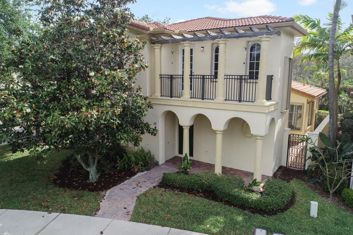 Home for sale in Evergrerne Palm Beach Gardens Florida