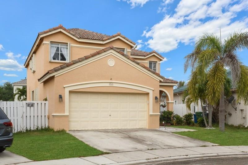 856 Vista Meadows Drive, Weston, Florida 33327, 5 Bedrooms Bedrooms, ,3 BathroomsBathrooms,Residential,For Sale,Vista Meadows,RX-10614051