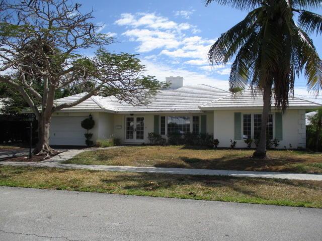 1324 Sycamore Terrace  Boca Raton, FL 33486