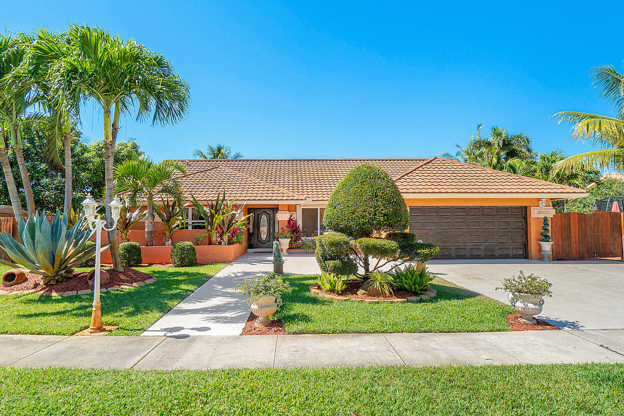 9711 Sun Pointe Drive Boynton Beach, FL 33437