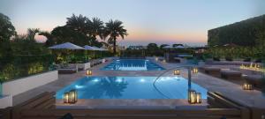 9521 E Bay Harbor Drive 502 For Sale 10614372, FL