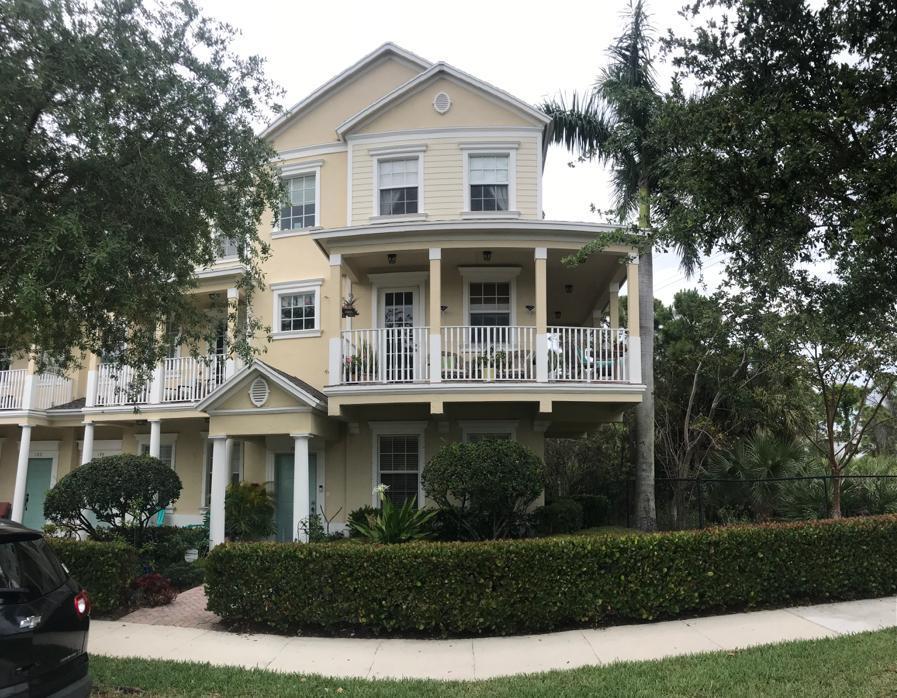 312 Thatch Palm Circle 105, Jupiter, Florida 33458, 3 Bedrooms Bedrooms, ,2.2 BathroomsBathrooms,A,Townhouse,Thatch Palm,RX-10616980