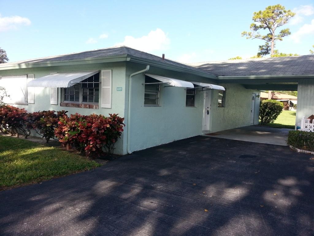 409 Bluebird Lane 409  Delray Beach, FL 33445